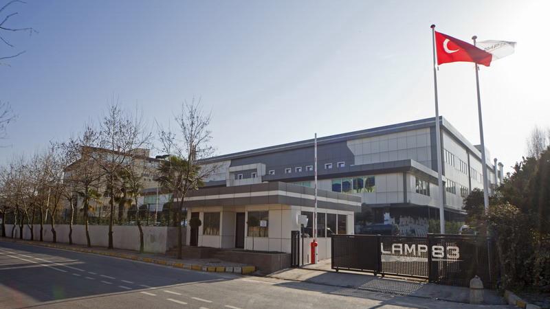 LAMP 83, Yeni Fabrikasında Büyümeye Devam Ediyor